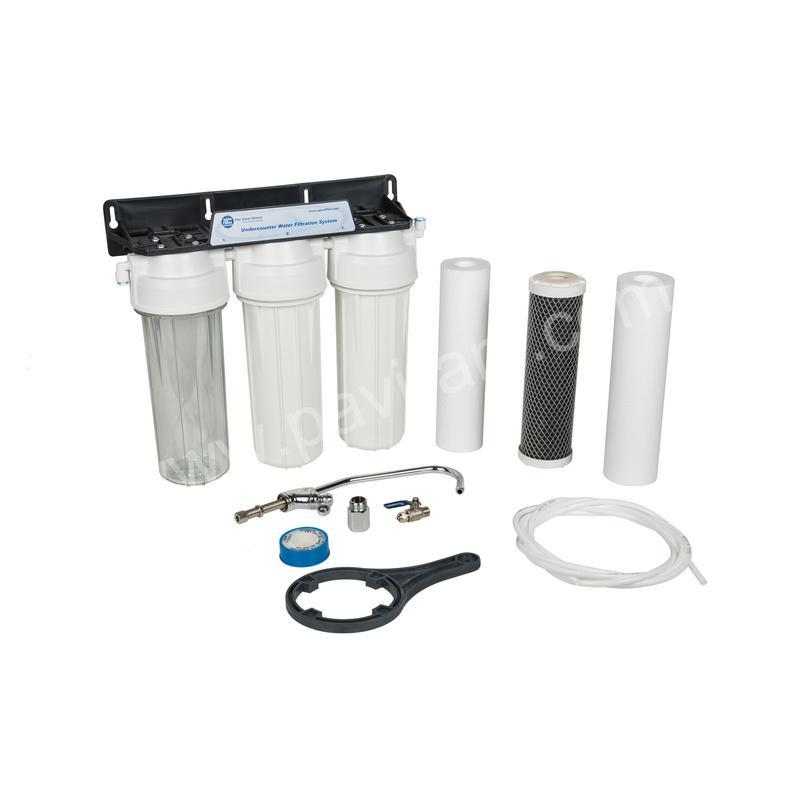филтрираща тристепенна система за питейна вода