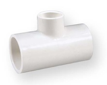 тройник намалител студена вода PVC-U 1x1x1/2 цола